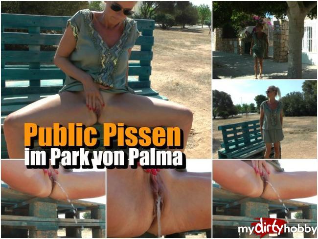 Public Pissen im Park von Palma